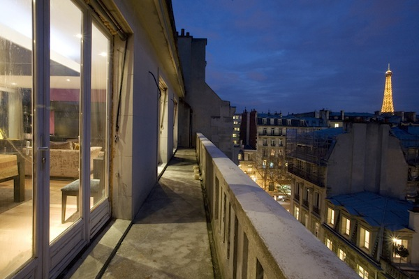 Paris-Vacation-Rental-Roof-Top-Townhouse-With-Eiffel-Tower-View